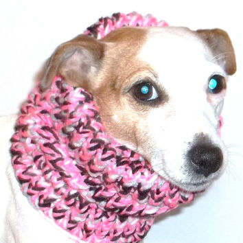 Dog Snood Choose Your Own Colors from forpawsandhome.etsy.com
