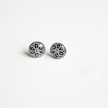 10 mm small black studs, tiny studs, small studs, small stud earrings, flower studs, flower stud earrings, black and white