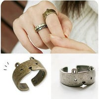 Fashion Amazing vINTAGE Cute Bear adjustable Ring Rings 2 colors