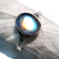 Rainbow Moonstone Bella Ring from twilight 925 Sterling Silver Adjustable Ring size 5 to 10 no. studded Fine Quality gemstone Cabochon