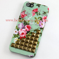 Iphone 5 Case, studded iphone 5 case, brass studded Iphone case, mint green Flower Iphone 5 Hard Case, vintage style