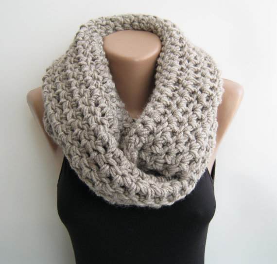 Chunky loop scarf, oat meal crochet from sascarves on Etsy