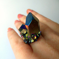 Titanium Quartz Cluster Cocktail Ring