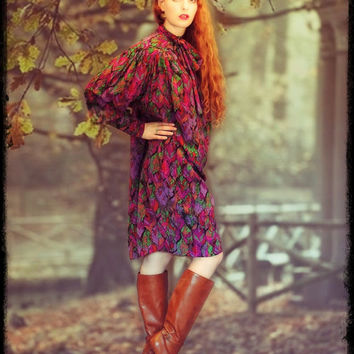 Winter vintage silk cocoon dress / gorgeous vivid fall colours in a leafy micro floral / huge blouson poet sleeves / tie neck
