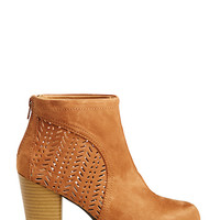 DailyLook: Lola Wulf Lazer Cut Booties in Camel 10