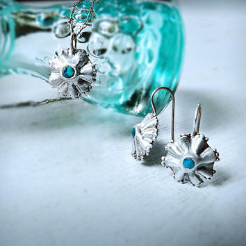 Floral Turquoise Silver Set Necklace With Pendant Earrings | Chic Handmade Jewelry