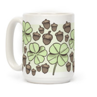 Acorn And Four Leaf Clover Pattern