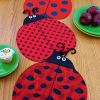 Place Mats and Table Runner Pattern, Lady Bug , The Ladies