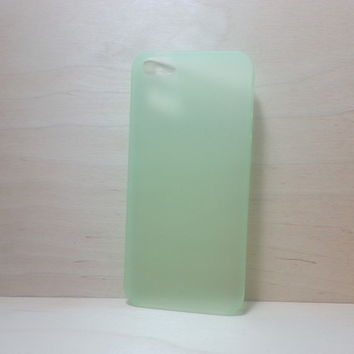 For Apple iPhone 5 / 5s Frosted Green Super Slim 0.3 mm Hard Plastic Snap On Case