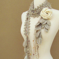 Queen Ann Rose Lariat Cream by gsakowskidesigns on Etsy