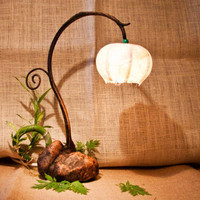 Halmi flower (Bedroom lamp)