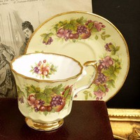 Vintage Elizabethan FRUITS porcelain tea cup...... made in England
