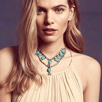 Vanessa Mooney Jewelry Womens Nahele Statement Necklace - Turquoise One