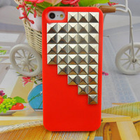 iPhone 5 hard Case cover with silver pyramid stud for iPhone 5 ,iPhone 5 case,iPhone hand case cover  -2710