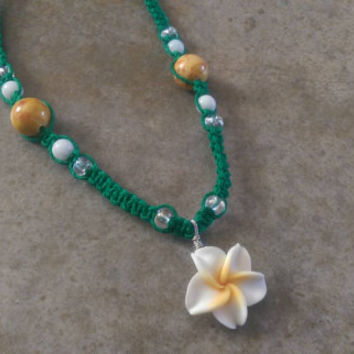 Kid's Flower Hemp Necklace, Easter, White Clay Flower, Emerald Hemp, Kid's Jewelry, Gift for Daughter, Gemstones, Free Shipping in USA