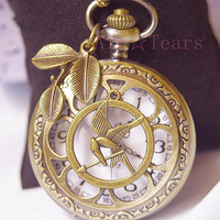 Mockingjay-Retro Steampunk Six Leaf Pocket Watch Necklace Chain,With Leaf Pendant D016