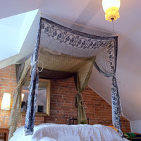 Sari Bed Canopy