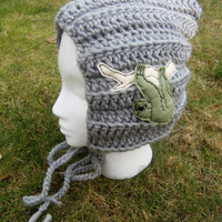 Pixie Womens Gray Winter hat With Sloth Applique