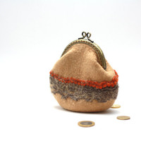 Coin purse - coin pouch - beige felted wool coin purse - Chistmas gift