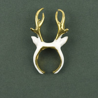 Stag White Ring