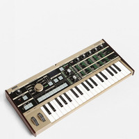 Korg Microkorg 37-Mini Key 4-Voice Synthesizer and Vocoder