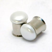 Flat Pearl Plugs Reversible 00g to 7/16 Inch 10mm 11mm