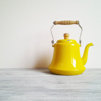 Vintage Yellow Tea Pot with Wood Handle