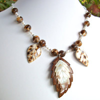 Leaf shell pendant necklace, brown coco MOP shell necklace, beaded fall leaves jewellery