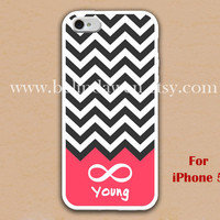 iPhone 5 Case, Chevron iphone 5 case, forever yong iphone 5 case, geometric graphic iphone 5 case