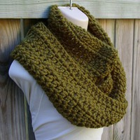 Cowl in Olive Green Chunky Crochet Infinity by CandacesCloset