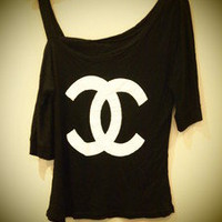COSMIC RAY clothing — 'CC' Logo Print Black Top
