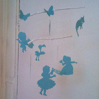Etsy Transaction - Alice in Wonderland mobile