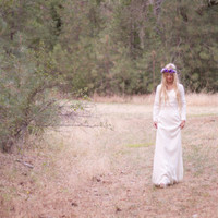 "Vintage Inspired Wedding Dress Long-Sleeved Crochet Bohemian Hippie - ""Gillian"""