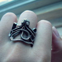 Octopus ring