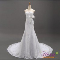 Elegant A-line Sweetheart Chapel Train Wedding Dress With Bowknot