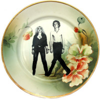 Sid and Nancy Portrait Plate Altered Antique by BeatUpCreations
