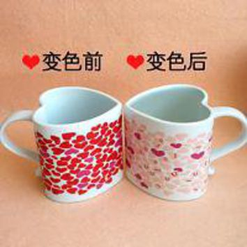 Three Dimensional Pattern Hearts Valentines Couple Coffee Cup - www.gullei.com