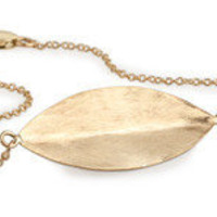 "KARA ACKERMAN ? "" New "" <i> Elizabeth <i/> Gold Leaf Bracelet"