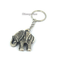 1pcs Fashion Popular Retro White Black Yak Bone Elephant Pendant Keychain