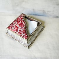 Rustic home country house white shabby distressed napkin holder with red ornaments