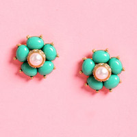 Cluster Posy Green Earrings