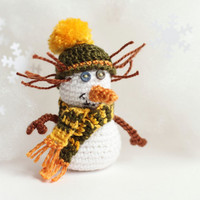 Home Christmas Decoration Snowman  : crochet art doll / white /  green / yellow / orange.