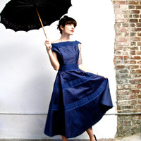 meet me in monaco. beautiful vintage midcentury Suzy Perette monaco blue sleeveless dress with eyelet trim. size medium