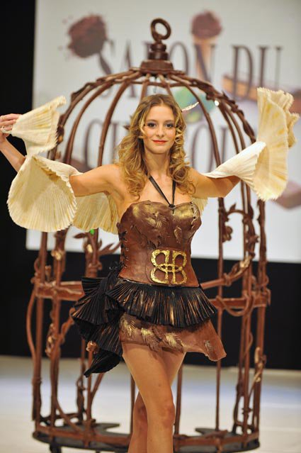 dessert girl: Salon du Chocolat Fashion Show