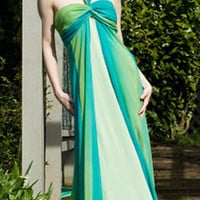 Aqua & Green Chiffon Halter Style Sleeveless Gown Dress Size 4