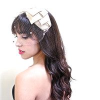 Vintage Netted Fascinator - Tan Bow Hat / 1940s Veiled Headband