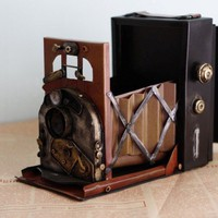 INFMETRY:: Handmade Antique Tin Model Camera-1910 England Newman - Tin Model - Toys