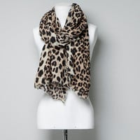 LEOPARD PRINT SCARF - Woman - New this week - ZARA United States