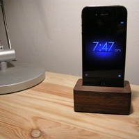 The Block Dock (Walnut)