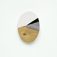Oval N4 - Geometric Ceramic brooch